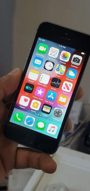 iPhone 5S. Factory Unlocked & Usable for Any SIM Any Carrier Any Country for Sale in Springfield, VA