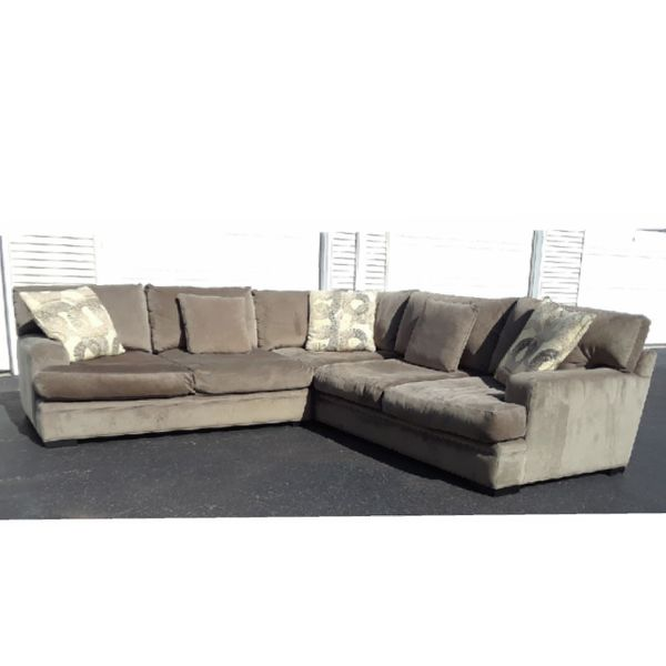Cindy Crawford Sectional Couch Like New For Sale In West
