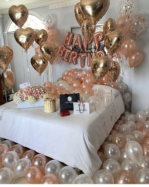 Bedroom birthday decor for Sale in Commerce, CA