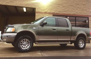 Ford F150 King Ranch 2OO2 for Sale in Fresno, CA