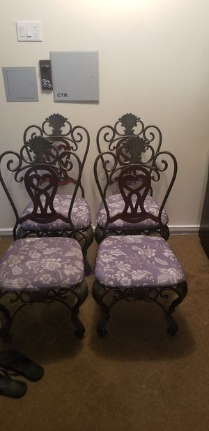 Ashley Furniture Kicken Chairs for Sale in Manalapan Township, NJ