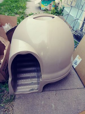 Cat scoop dome for Sale in Los Angeles, CA
