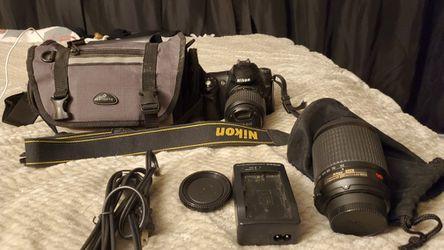 Nikon DSLR camera with accessories for Sale in Tulare,  CA