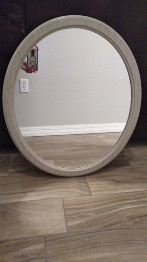 Round mirror for Sale in Phoenix, AZ