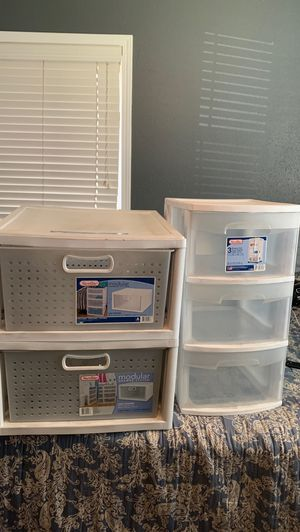 Plastic drawer set for Sale in Irwindale, CA
