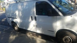 Chevy Express 2001 for Sale in Bell Canyon, CA