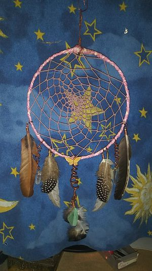 Pink dream catcher with quartz crystals for Sale in Conyers, GA