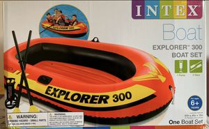 INTEX Explorer 300 boat set with pump and 2 oars for Sale in Neffsville, PA