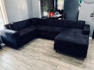 $1499 brand new three pieces sectional sofa for Sale in Los Angeles, CA
