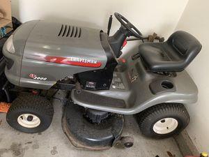 Craftsman Lawn Tractor 18.5 HP for Sale in Ridgewood, NJ