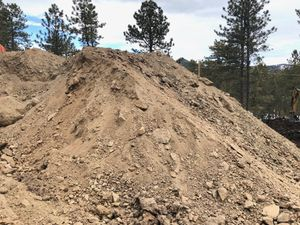 Free fill dirt in Morrison. for Sale in Arvada, CO
