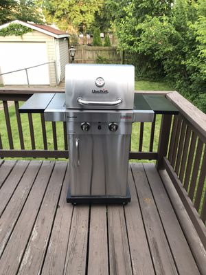 Char Broil Grill for Sale in St. Louis, MO
