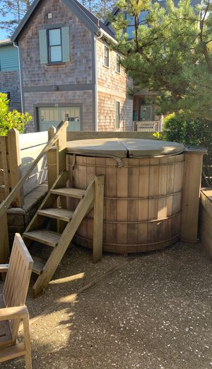 Wood hot tub for Sale in Copalis Crossing, WA