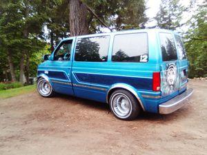 98 Astro van low Rider/camper conversion for Sale in Renton, WA