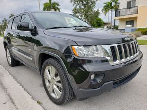 $12998 CASH JEEP GRAND CHEROKEE 70TH ANNIVERSARY 4WD 2011 87K MILES for Sale in Miramar, FL