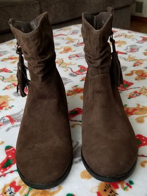 Women's brown boots for Sale in NO HUNTINGDON, PA