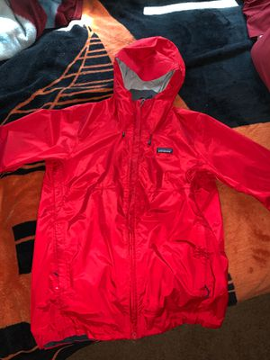 Patagonia red windbreaker for Sale in San Francisco, CA