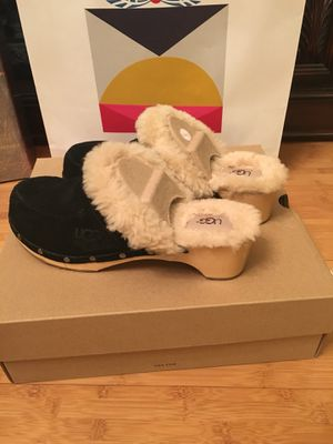 Women Ugg size 8 for Sale in Portland, OR