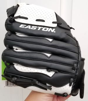 Brand New Easton Youth Fast Pitch Softball Glove (RH) for sale $15 for Sale in Riverview, FL