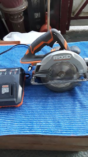RIDGID circular saw and charger for Sale in Modesto, CA