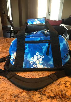 LL Bean small duffle bag for Sale in Buckeye, AZ