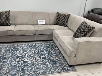 Very Comfortable Sleeper Sectional for Sale in Irving,  TX