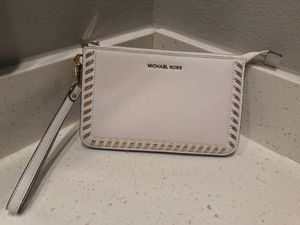 Wristlet Michael Kors for Sale in Houston, TX
