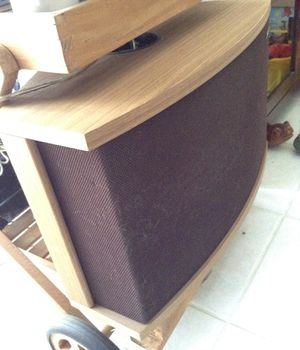 1 set of Bose 901 speakers with a Bose equalizer. The most powerful speaker for home. We're $1200 new for Sale in Port St. Lucie, FL