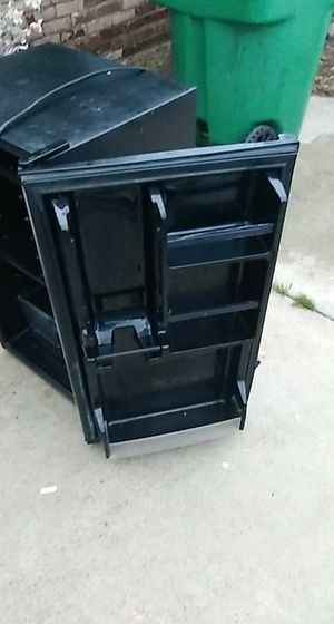 REALLY CHEAP...........SANYO MINI FRIDGE...... for Sale in Jamul, CA