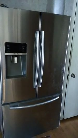 Samsung refrigerator and a pull-out drawer freezer for Sale in Wauchula, FL