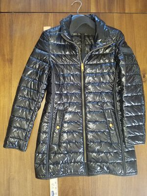 Burberry London England Coat Puffer Jacket Black Size 2 for Sale in Reedley, CA