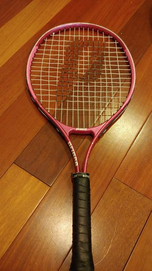 Prince brand juniors tennis racket size 23 length for Sale in Bellevue, WA