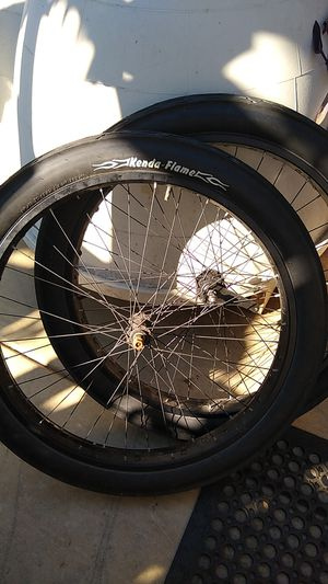 """3G GGG 26"""" aluminum checkerboard RS with Kenda flame tires for Sale in San Diego, CA"""