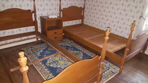 Six peice vintage bedroom set. for Sale in Cleveland Heights, OH