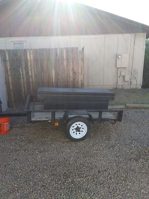 Small utility trailor 6long by 4wide and toolbox for Sale in Peoria, AZ