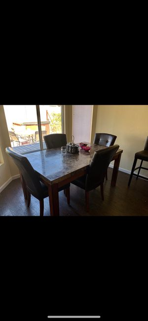 Dining room table set for Sale in San Tan Valley, AZ