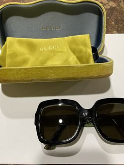 Gucci Women's Sunglasses for Sale in Mountlake Terrace,  WA
