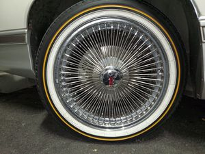 18 inch Dayton wire for Sale in Portland, OR