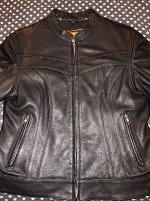 WOMENS CLASSIC LEATHER ⬛️🟧 Jacket for Sale in Tacoma, WA