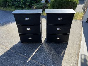 Two black nightstands/end tables for Sale in Lynnwood, WA