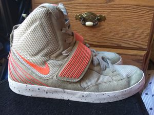 Nike Shoes (Size 11) for Sale in Baton Rouge, LA