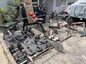 Gym equipment over 450 lbs bench and bars for Sale in Long Beach, CA