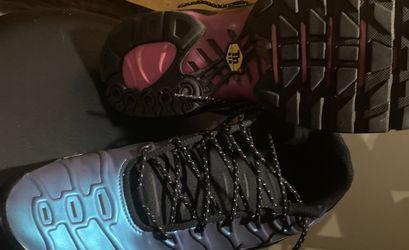 Nike Mens Air Max Plus Shoes Black/Black/Laser Fuchsia Size 10.0 for Sale in Arlington,  VA