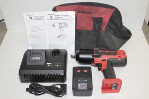 Snap-On CT8850 18v Cordless Impact Wrench w/ Battery, Charger, Bag for Sale in Norwalk, CA