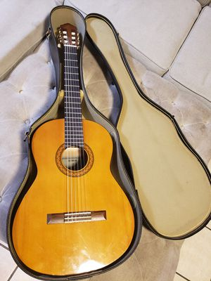 Yamaha Classical Guitar with Case for Sale in Mesa, AZ