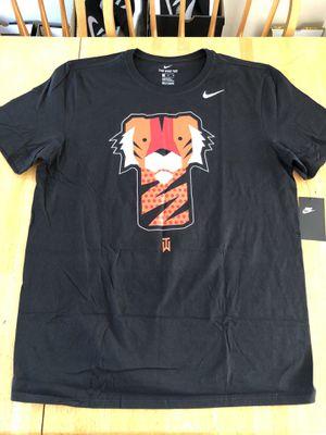 Brand new Nike Tiger Woods frank golf club head shirt black men's L or XL for Sale in La Mesa, CA