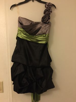 Dress for Sale in Irwindale, CA