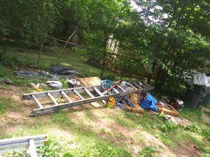 24ft Werner aluminum ladder for Sale in Fayetteville, GA