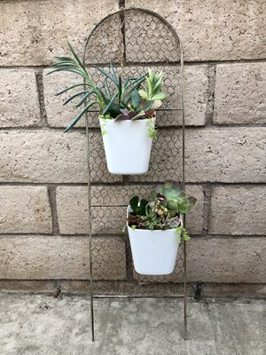 Metal Wire Succulent Holder for Sale in Montclair, CA