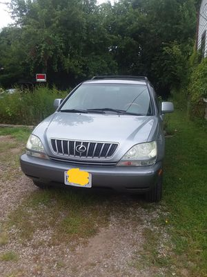 Lexus rx300 for Sale in Cleveland, OH